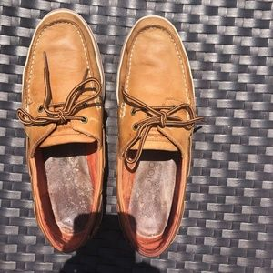 Tommy Bahama Relaxology Boat Shoes